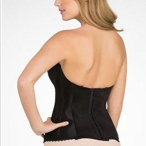 96c57f83d4070 Wacoal Intimates   Sleepwear - Wacoal corset and bustier bra. NWT